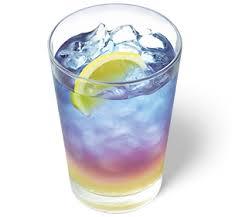 モスの色が変わる飲み物「ラベンダーレモネード」がきれいで話題!?インスタ映えも!